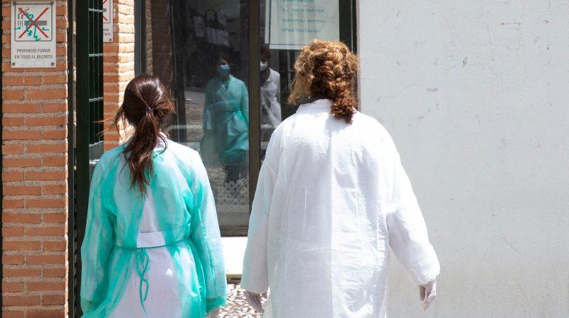 profesionales sanitarios contagiados corona virus granada